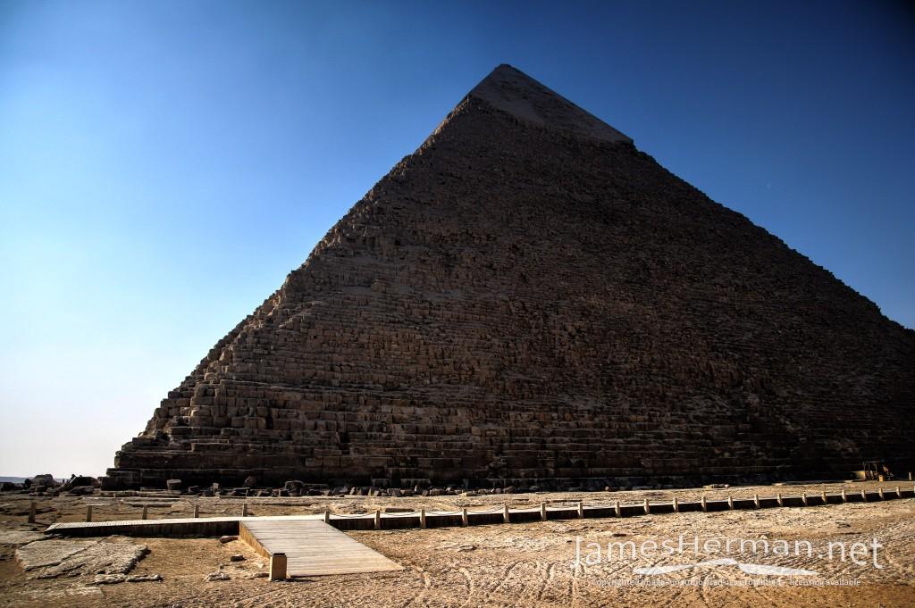 Giza Pyramid Complex 2017