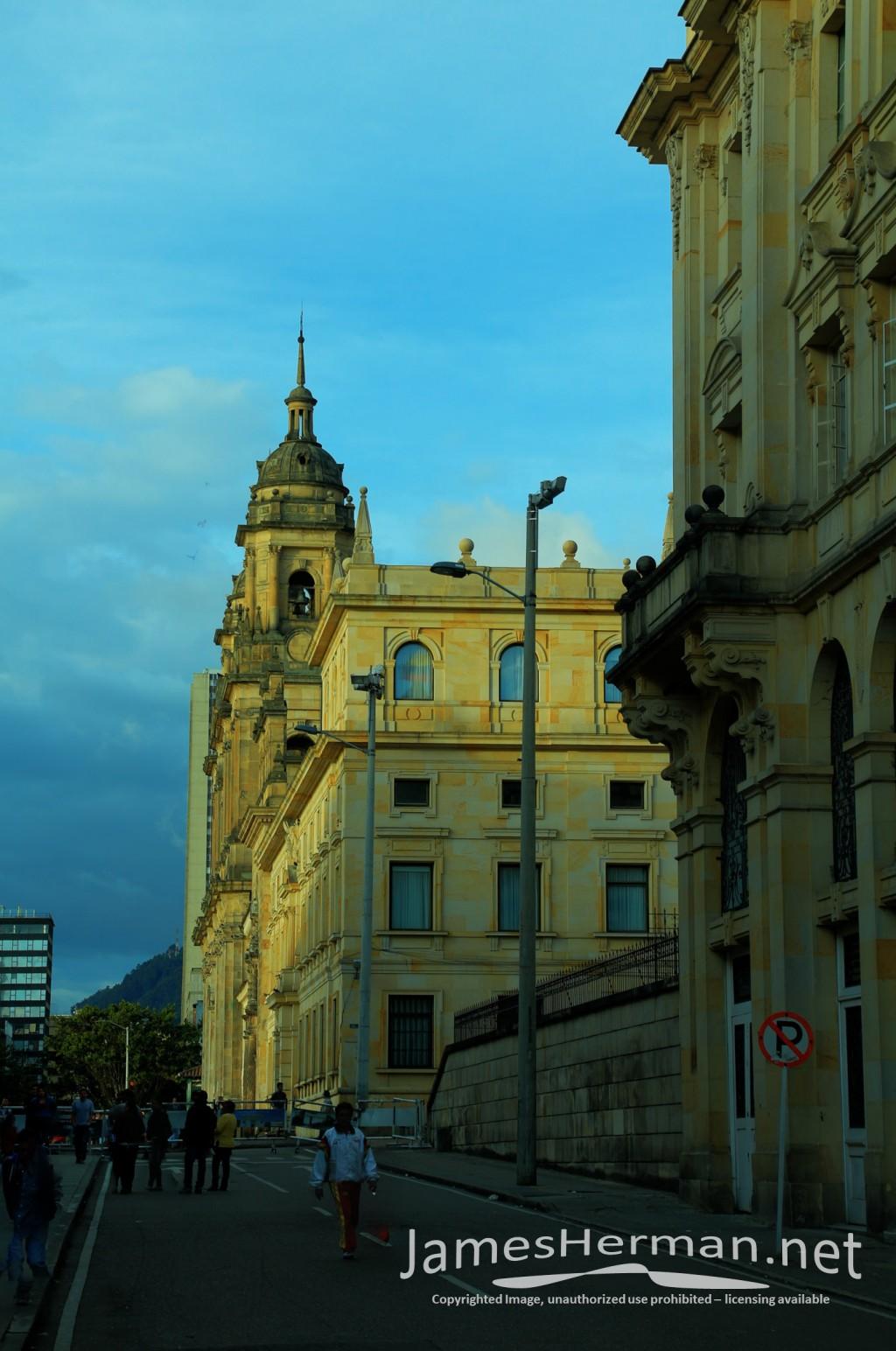 Bogota-0099_100_101.jpg