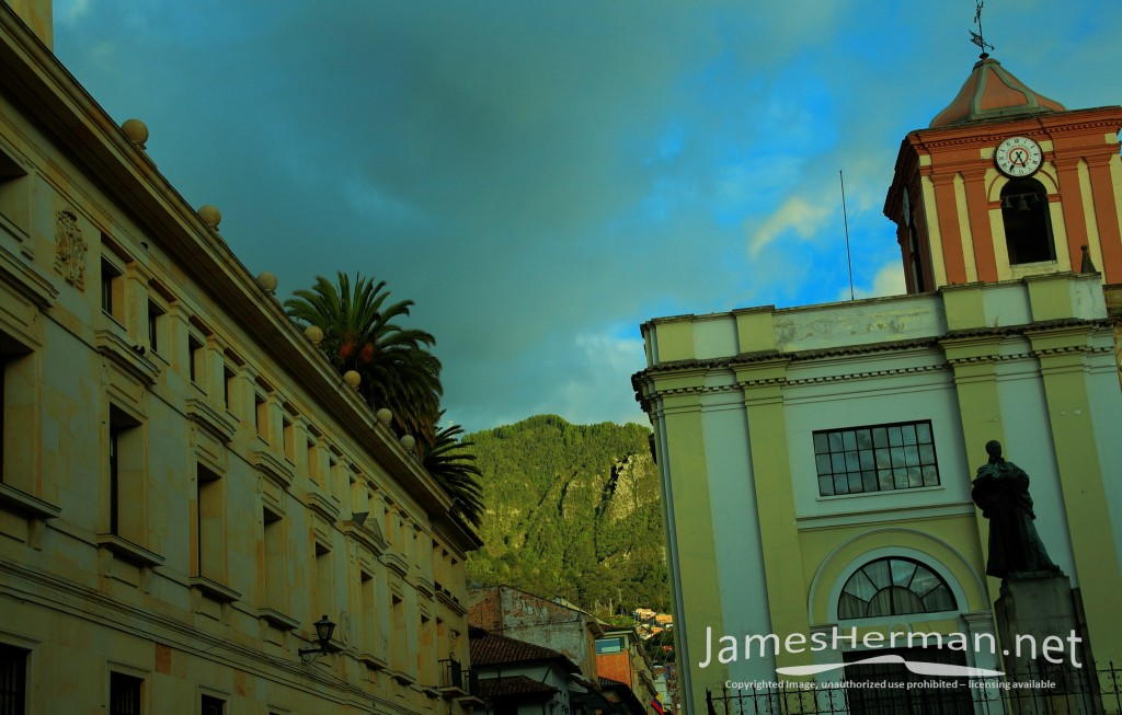 Bogota-0139_40_41.jpg