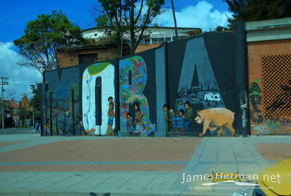 Bogota-0168_69_70.jpg